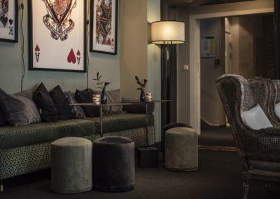 V Hotel_Lobby_2019_FX_11-min